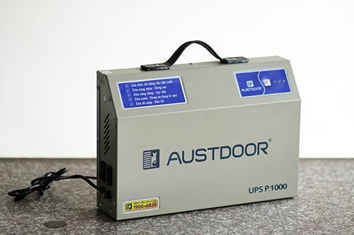 Bình lưu điện hỏng có thể khiến cửa cuốn không hoạt động được