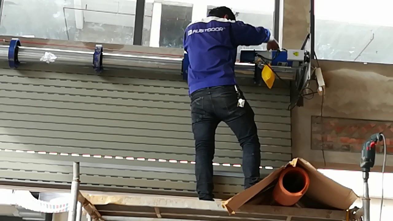 Không phải công ty sửa chữa cửa cuốn nào cũng đảm bảo uy tín và chất lượng.